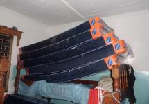 Die dringend benötigten neuen Matratzen sind eingetroffen.